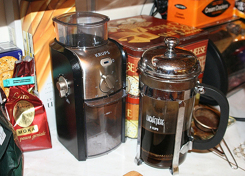 french press with ground coffee