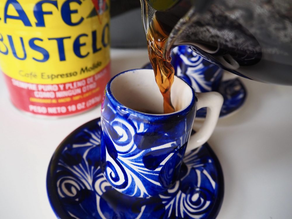 Pour Café Bustelo into cups