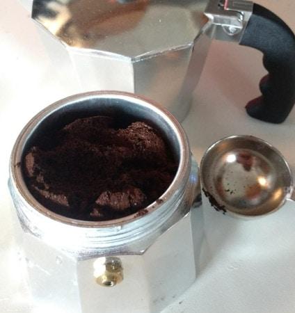 espresso ground on moka pot