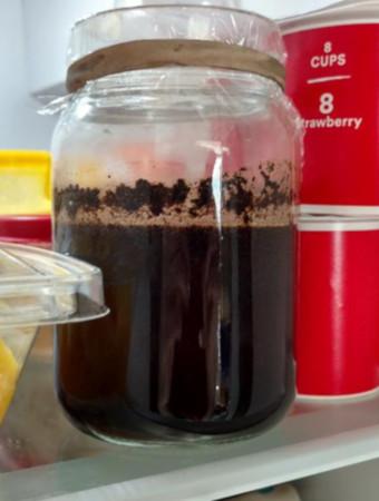 storing cold brew on mason jar