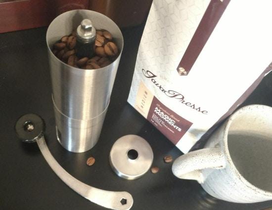 coffee grinder and javapresse
