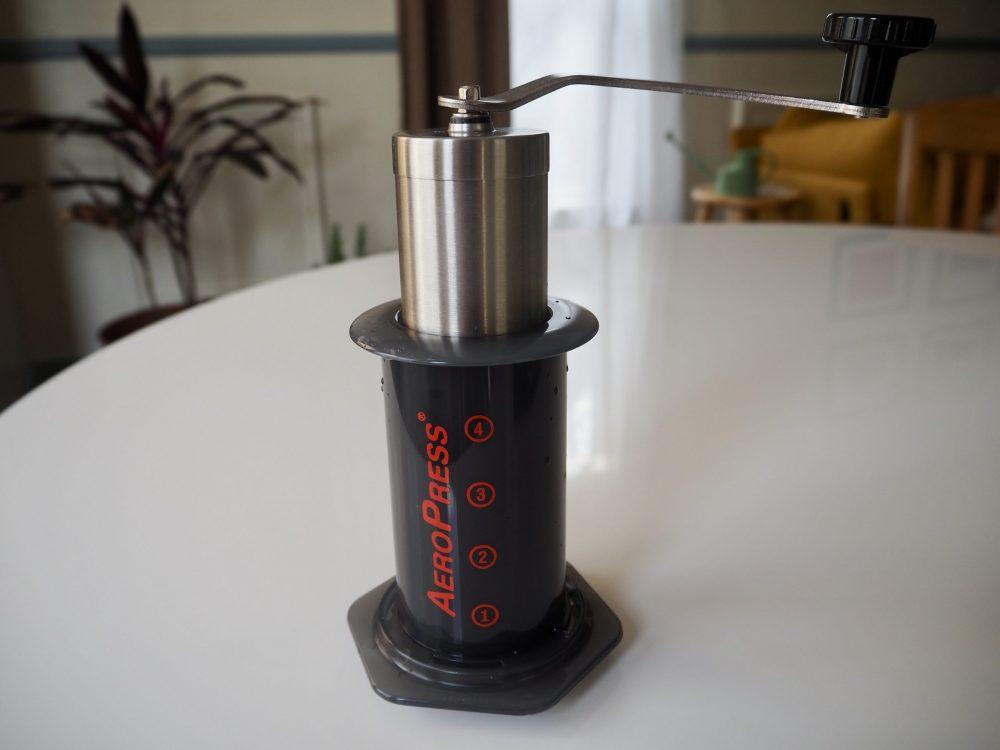 Hand grinder in AeroPress
