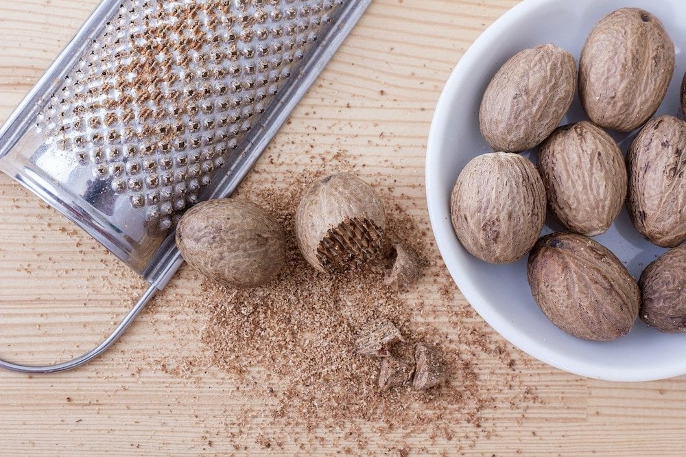 grated nutmeg for coffee