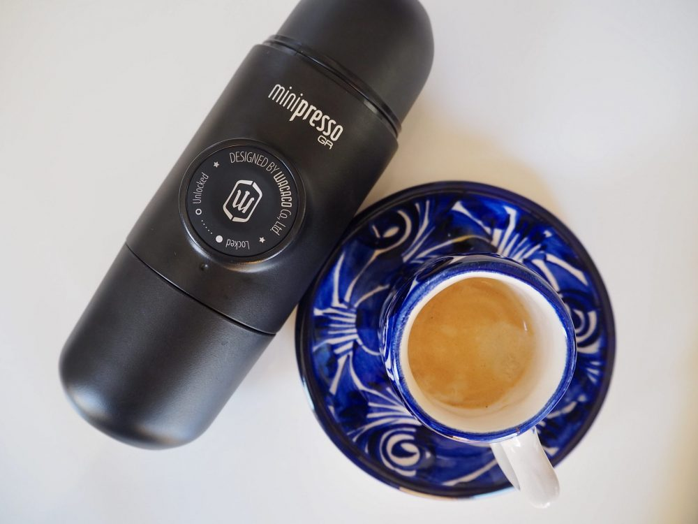 Espresso shot Wacaco Minipresso