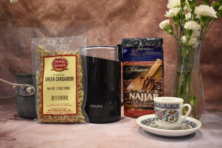 Ingredients needed for arabic coffee