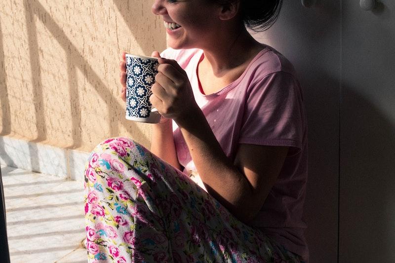 قهوه لبخند شادی
