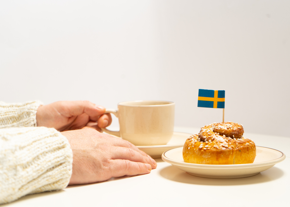Fika Swedish coffee tradition