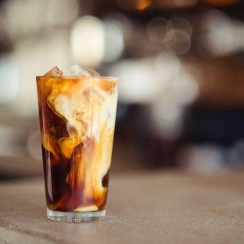 قهوه سرد سالم با شیر
