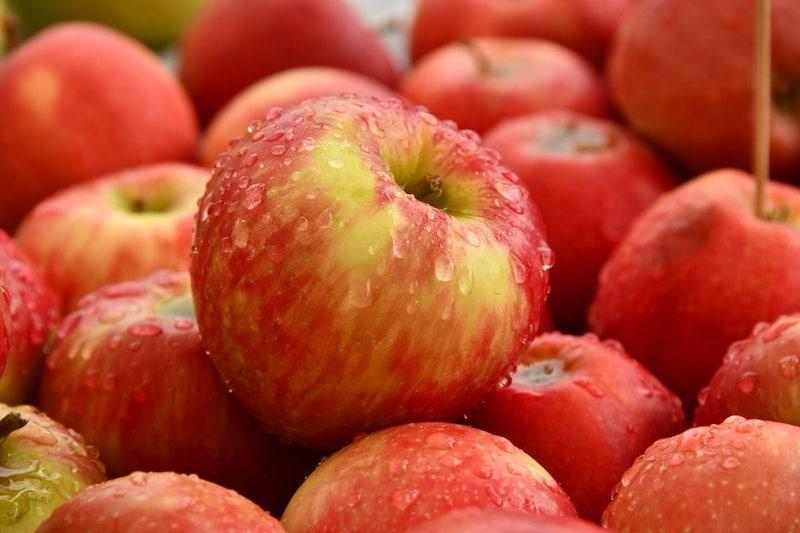 سیب در مقابل قهوه کدام بهتر است؟