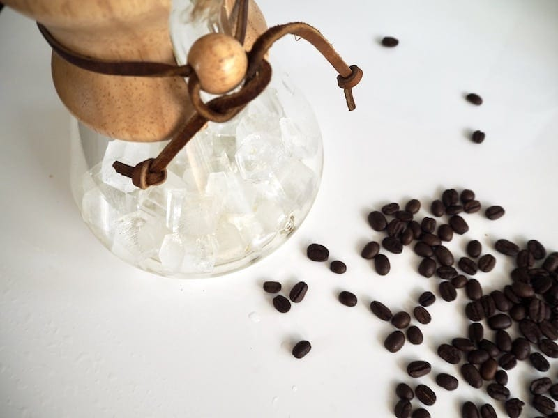 fill Chemex with ice