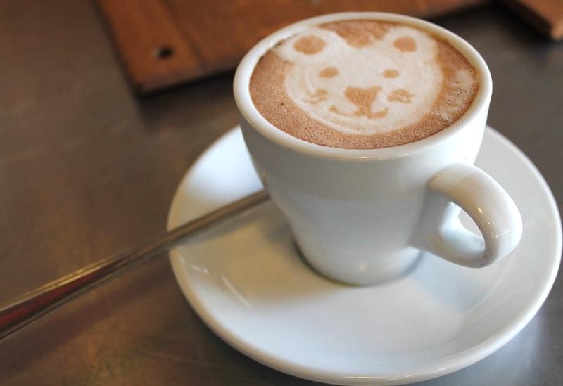 latte art bear design