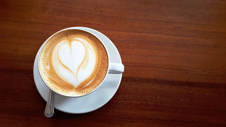 latte art heart design