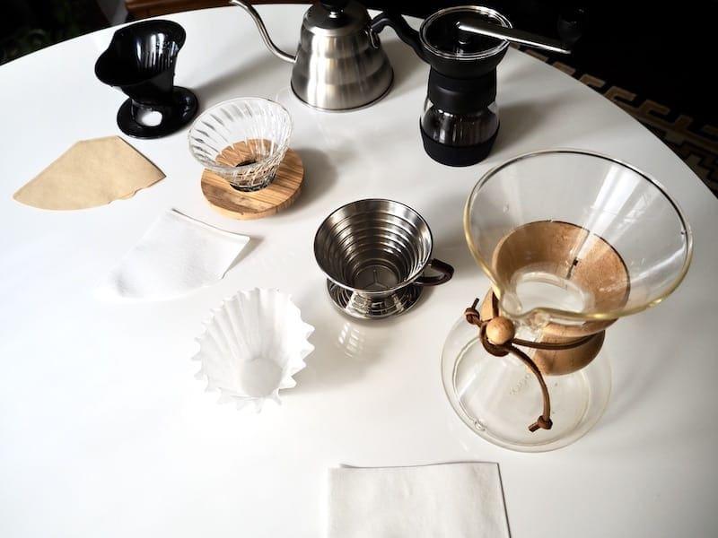 چگونه می توان قهوه را ریخت