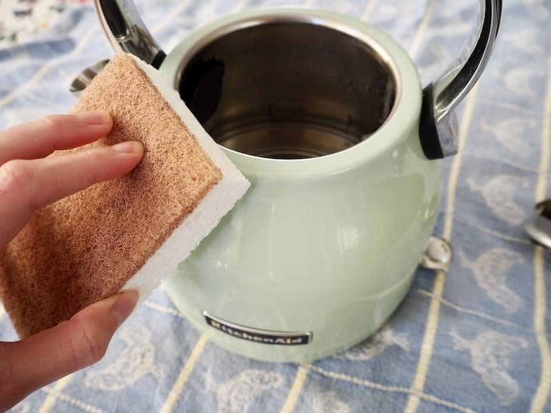 sponge cleaning electric kettle