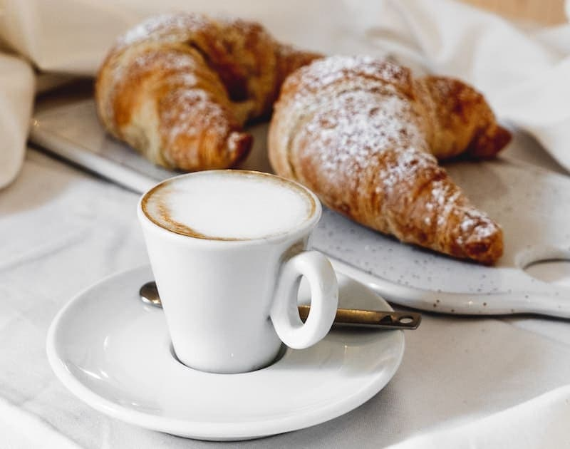 French coffee croissant