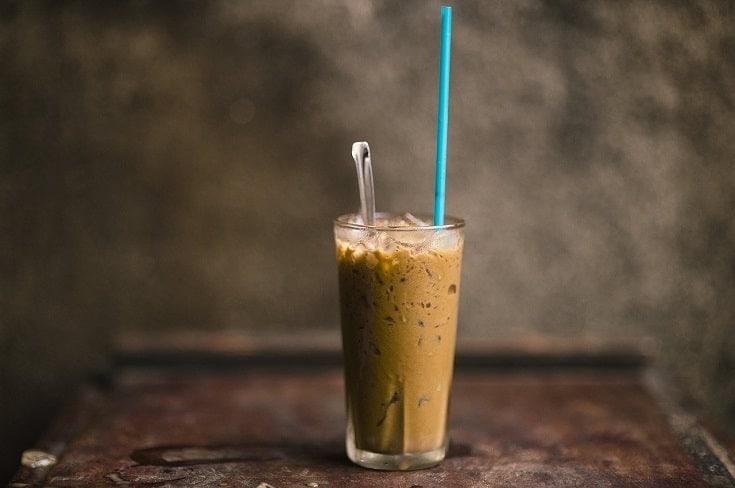iced mocha coffee with straw
