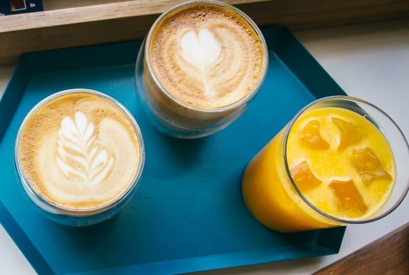 آب لاته و پرتقال