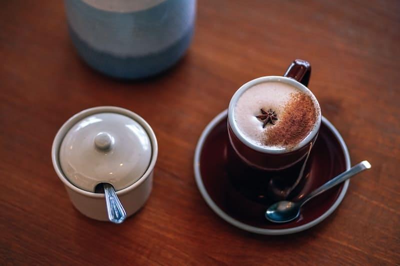 چای سویا لاته با دارچین