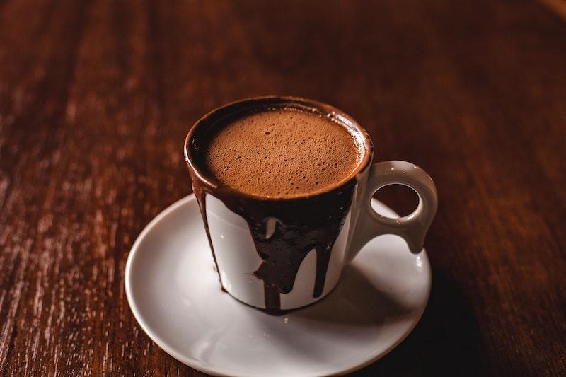 شکلات داغ در یک فنجان