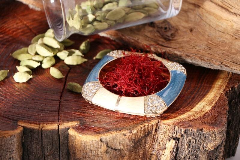 saffron and cardamom spices