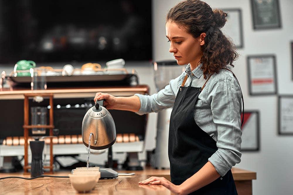 professional q grader testing coffee